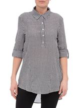 Dip Hem Seersucker Gingham Top