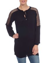 Lace Trim Crinkle Tunic Black - Gallery Image 2