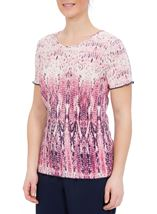 Anna Rose Short Sleeve Pleated Print Top Raspberry/Navy - Gallery Image 2