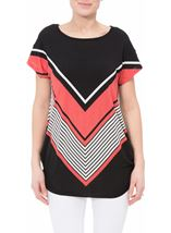 Short Sleeve Chevron Print Tunic Black/Coral - Gallery Image 2