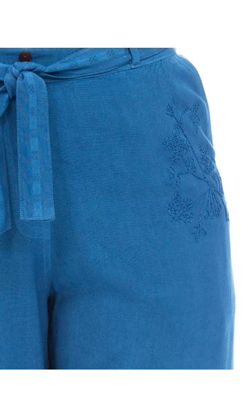 Anna Rose Embroidered Washed Cropped Trousers Cobalt - Gallery Image 4