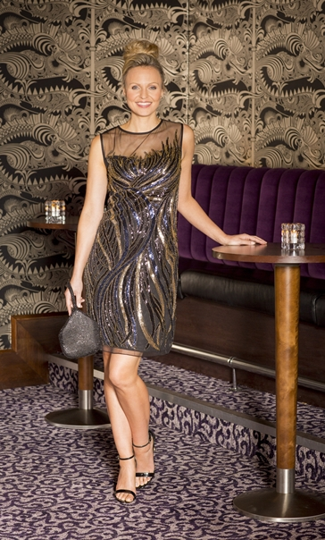 Sleeveless Embellished Mesh Midi Dress Black/Gold
