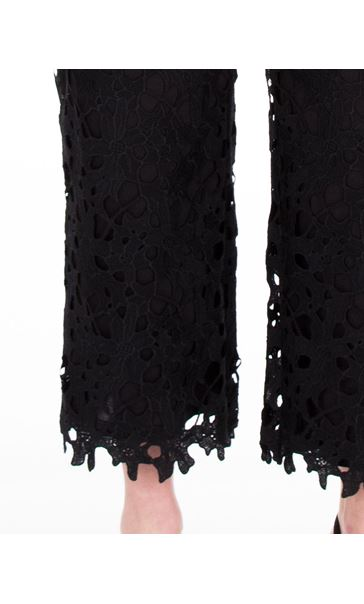 Crochet Lace Pull On Wide Leg Cropped Trousers Black - Gallery Image 3
