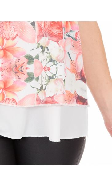 Bouquet Printed Sleeveless Crepe Top Ivory/Coral - Gallery Image 3
