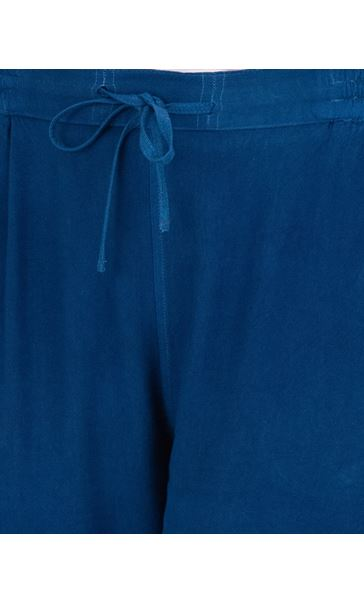 Loose Fitting Elasticated Waist Shorts Blue - Gallery Image 3