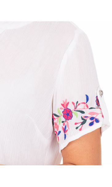 Anna Rose Embroidered Crinkle Blouse White - Gallery Image 3