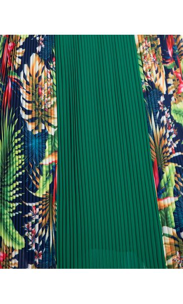 Sleeveless Jungle Print Pleated Midi Dress Green Multi - Gallery Image 3