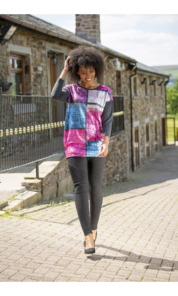 Foil Printed Jersey Top Black/Berry