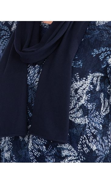 Anna Rose Printed Brushed Knit Top With Scarf Navy - Gallery Image 4