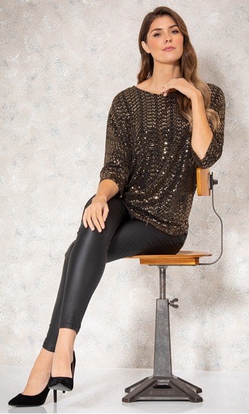 Relaxed Fit Circle Shimmer Top