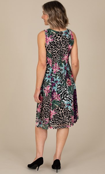 Anna Rose Sleeveless Textured Print Dress
