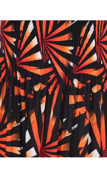Stripe Print Pleated Maxi Dress Black/Red - Gallery Image 3