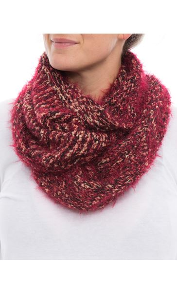 Chunky Snood Red - Gallery Image 3