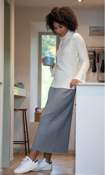 Polar Neck Fitted Knit Top