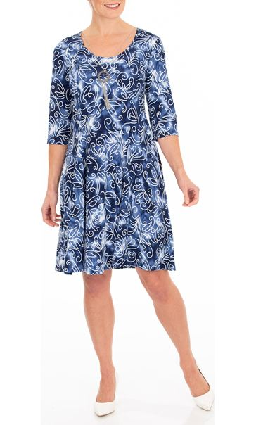 Anna Rose Printed Stretch Dress With Necklace Blue/White