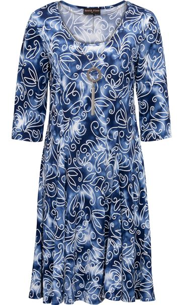 Anna Rose Printed Stretch Dress With Necklace Blue/White - Gallery Image 3