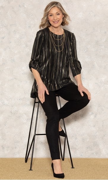 Anna Rose Pleated Top With Necklace Black/Gold