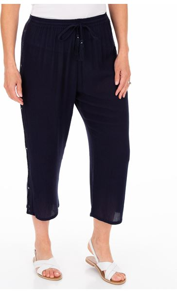 Anna Rose Embroidered Cropped Trousers