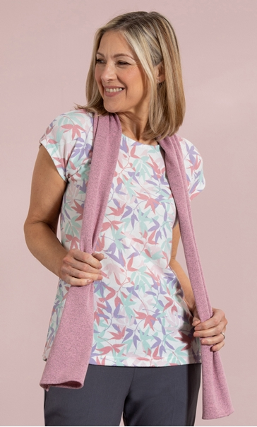 Anna Rose Leaf Print Knit Top With Scarf