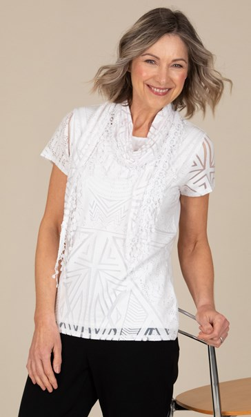 Anna Rose Short Sleeve Top With Scarf