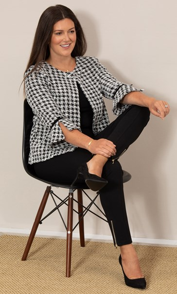 Cropped Dogtooth Textured Jacket
