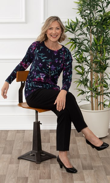 Anna Rose Botanical Brushed Knit Top With Necklace Midnight/Multi
