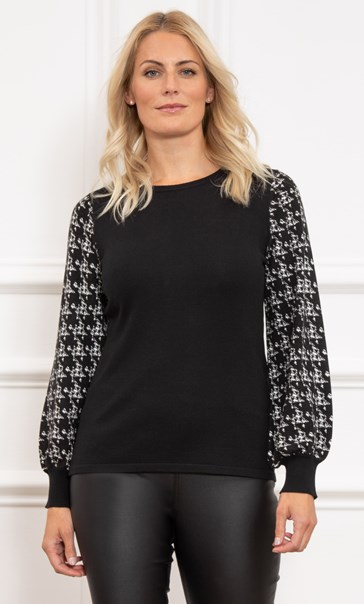 Knitted Dogtooth Sleeve Top